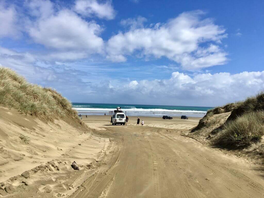 miles-beach-neuseeland-nordinsel-rundreise-autoreise-airbnb-reiseblog-reisebüro-sicher-reisen