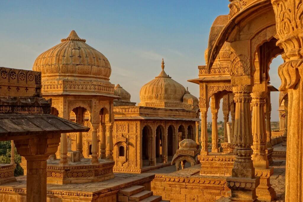 individuelle-rundreise-indien-rajasthan-reisepezialist-indien-Jaisalmer-bada-bagh