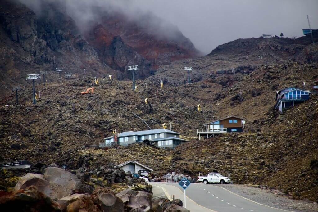 Tongariro-National-Park-neuseelandrundreise-blog-skigebiet-pisten-reisebüro-reisespezialist