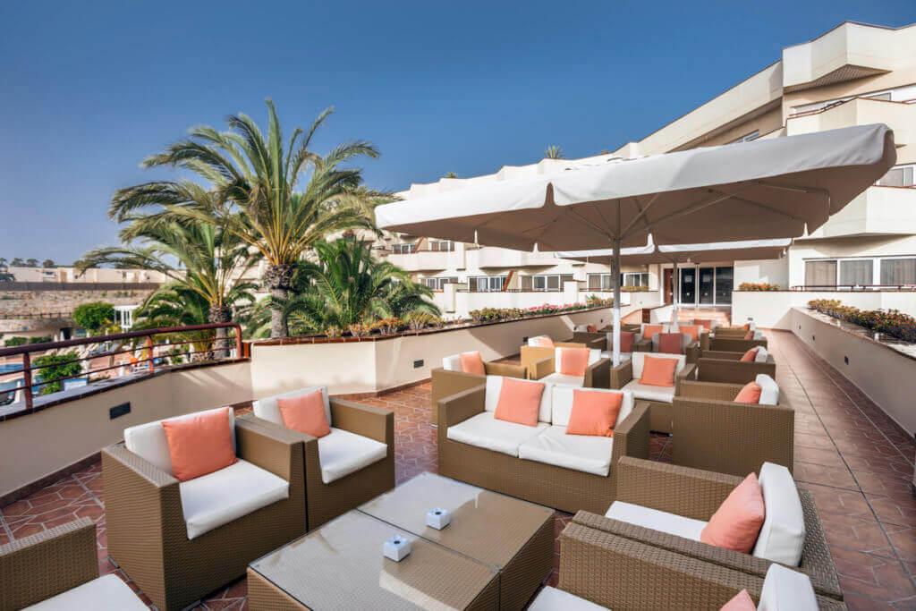 reise-corralejo-bay-barcelo-adult-only-hotel-fuer-luxus-kanarische-inseln-spanien
