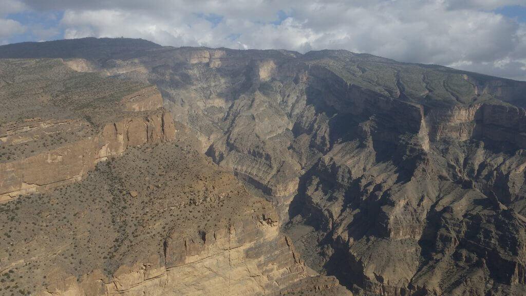 oman-rundreise-individuell-aktivreise-planen-wandern-reisespezialist-oman-Jebel-Shams