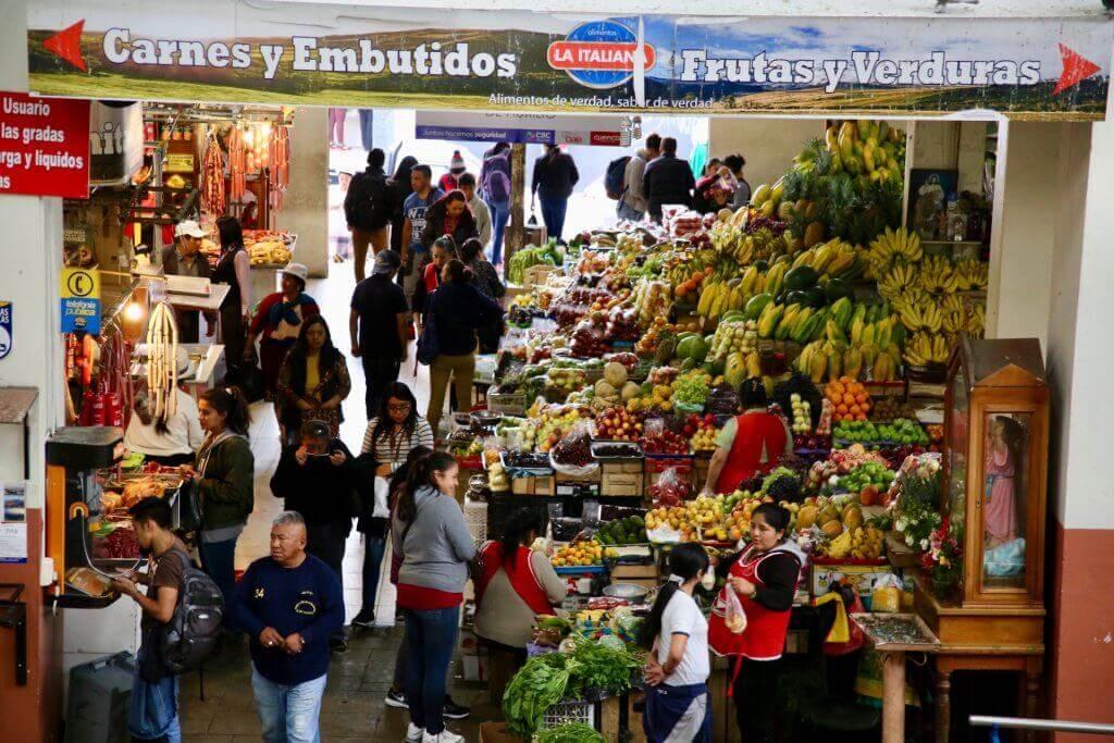 markt-bananen-equador-reiseblog-reisebüro-ecuador-anden-cuenca