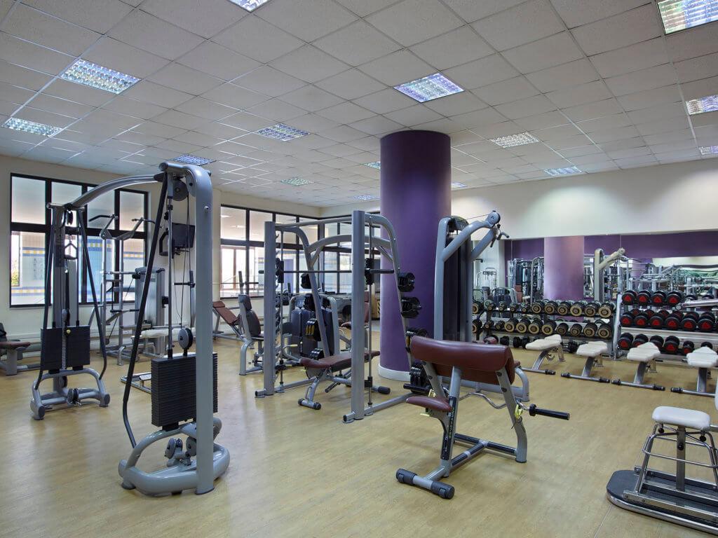 creta-maris-familien-hotel-kreta-griechenland-fitnessstudio