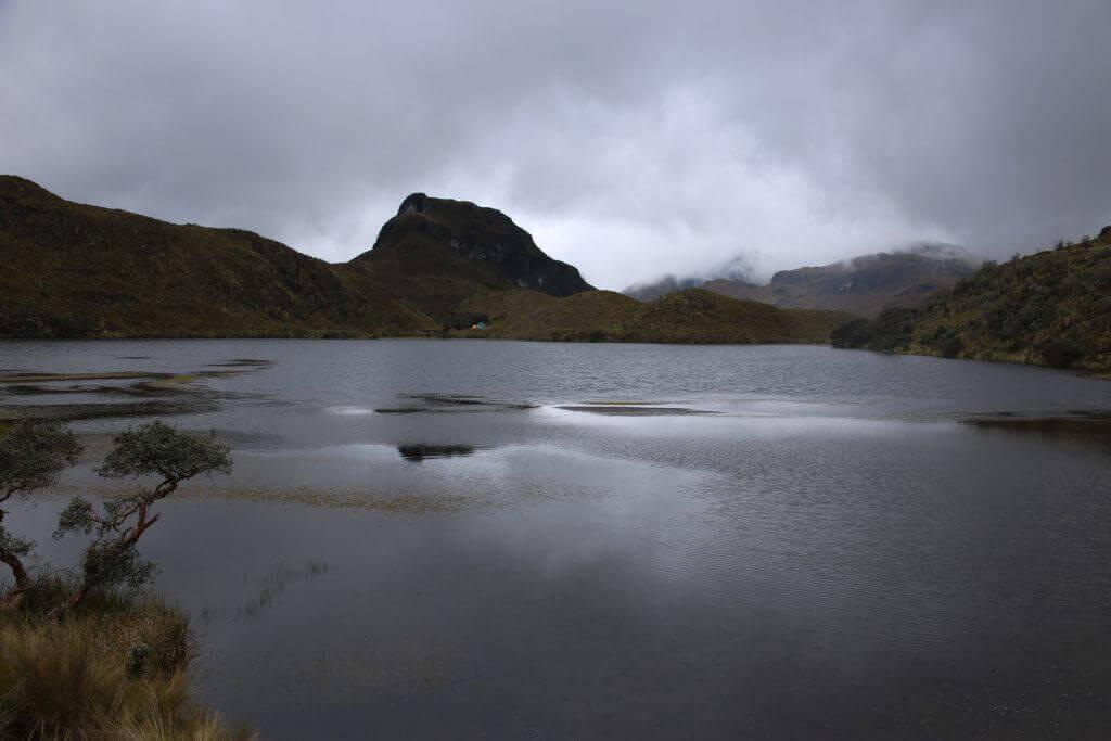 aktivurlau-ecuador-anden-hiking-urlaub-reisebüro-reiseprofi-fotoreise-foto-hotspot-cajas-tagestour-reiseblog