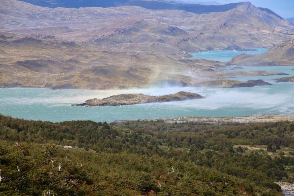patagonien-fotoreise-luxusurlaub-chile-torres-del-paine-trekkingreise-wanderreise-anden-feuerland-geplant-wandertrip-reiseidee