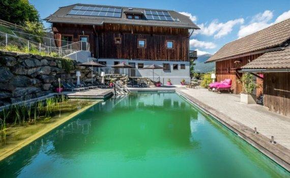erholungsurlaub-hotels-in-oesterreich-reise-buchen-unterwegs-in-europa-Art-Lodge-Pool