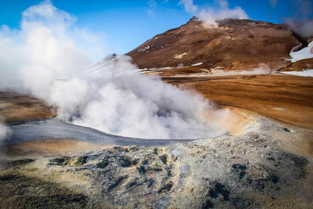 naturschauspiel-island-reise-buchen-aktivreise-hotels-auf-island-Namascard