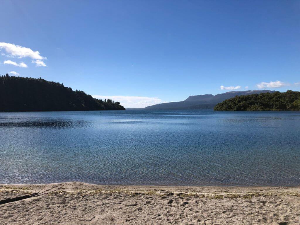 lake-taupo-Tongariro-Park-neuseelandrundreise-blog-reiseinfo-reisebüro-reisespezialist