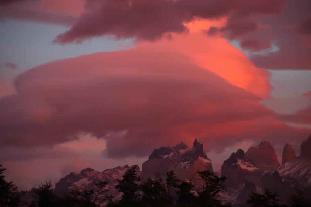 trekkingurlaub-chile-seengebiet-roadtrip-mondlandschaft-fotohotspot-nationalpark-auto-goholidate-selbstfahrerreise-wanderurlaub-vulkan-fotoshot-nice-shotluxuswanderreise-patagonien-südamerika-wanderreise-chile-reisebüro-reiseplanung-reisetip-urlaubsplaner-patagonia-trakkingurlaub-wanderurlaub-lateinamerika