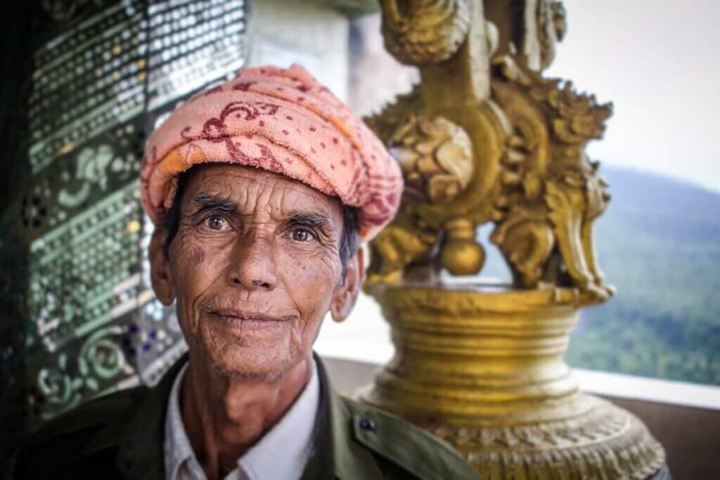 myanmar-rundreise-individuell-menschen-reise-planen-reisespezialist-fuer-asien