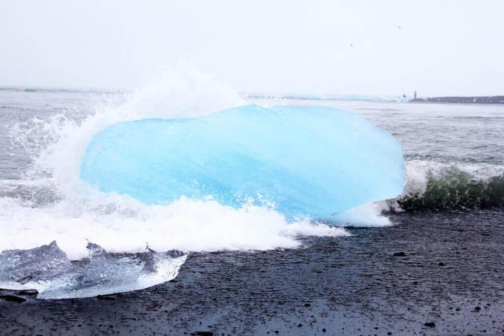 rundreise-mietwagen-island-buchen-gletscherlagune-eisberge--Fjallsarlon