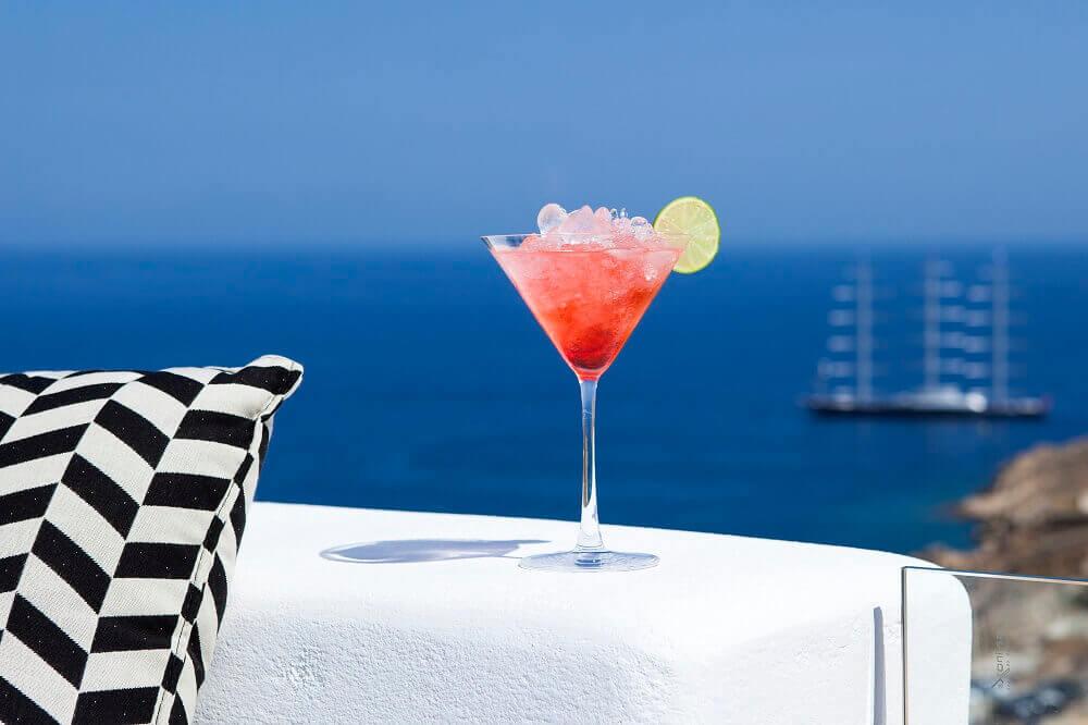hotel-buchen-luxus-reise-mykonos-reise-griechenland-Super-Paradise-View