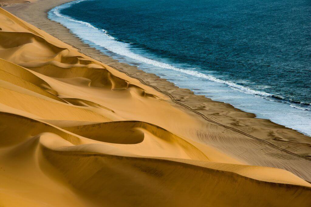 mietwagenrundreise-namibia-rundreise-individuell-unterwegs-reisen-afrika-reisespezialist
