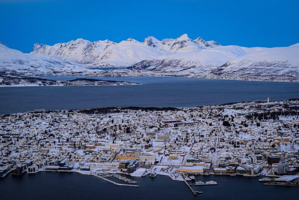 tromso-nordlichter-norwegen-reisen-winterreise