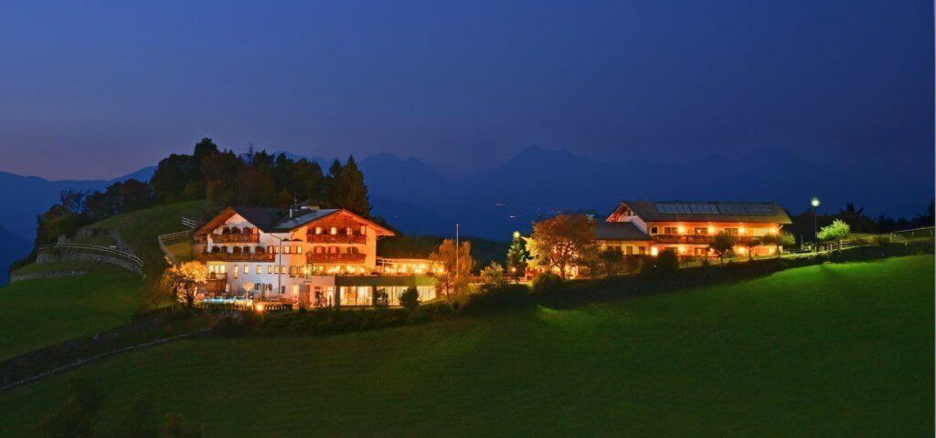 familien-urlaub-suedtirol-reise-buchen-brixen-torgglerhof