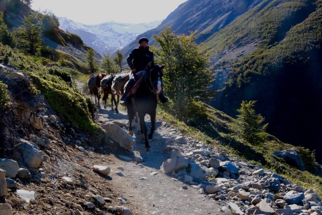 trekking-patagonien-wandern-chile-urlaub-reise-reiseidee-reisetip-luxusurlaub-hochwertig-persönlich-natur-landschaft