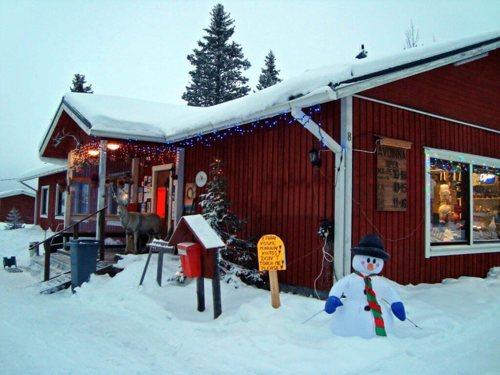 finnisch-lappland-reise-mit-dem-hundeschlitten-aktive-tour-winter