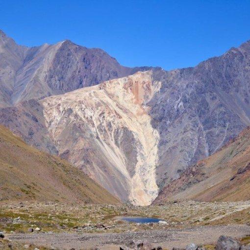 satiago-maipo-trekkingtrip-reisebüro-chile-region-genussreise-weinprobe-roadtrip-trekkingurlaub-fotoshot-nice-shot-fotographieren
