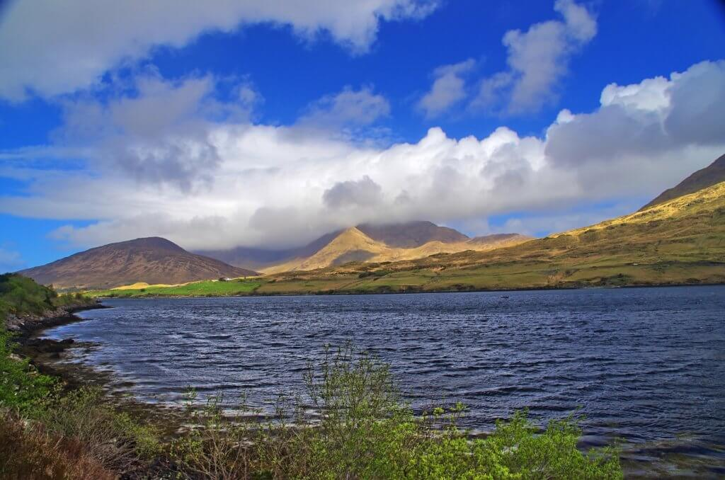 mietwagen-rundreise-irland-reiseplaner-organisiert-unterwegs-reisespezialist-nordeuropa-Coastal