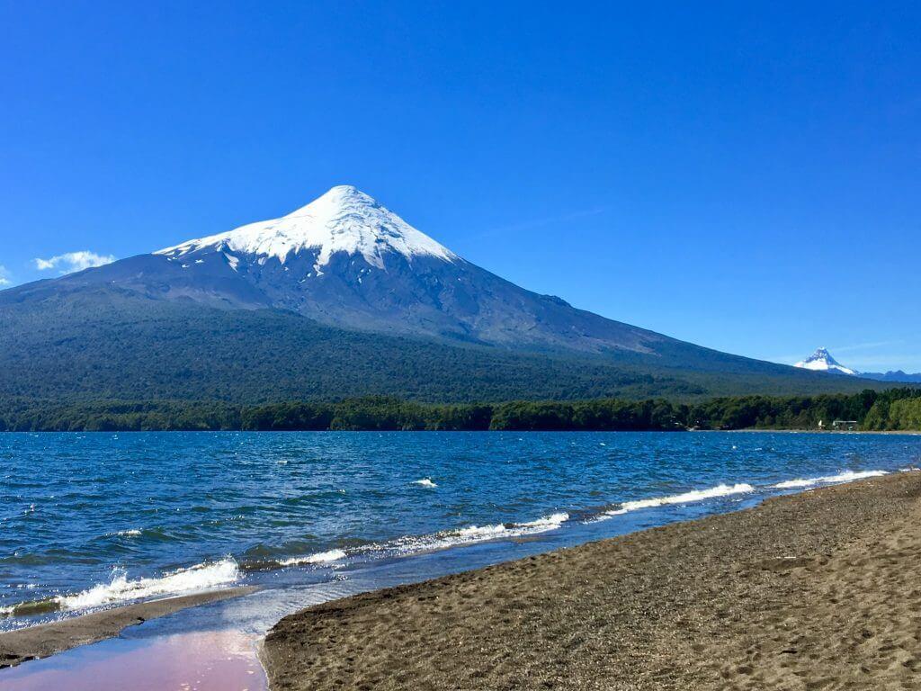 fotourlaub-rundreiseberatung-fotorundreise-foto-safari-vulkan-osorno-rundreise-reisebüro-seengebiet-südchile-chile-reiseplanung-reiseidee-tip-tricks-luxusreise
