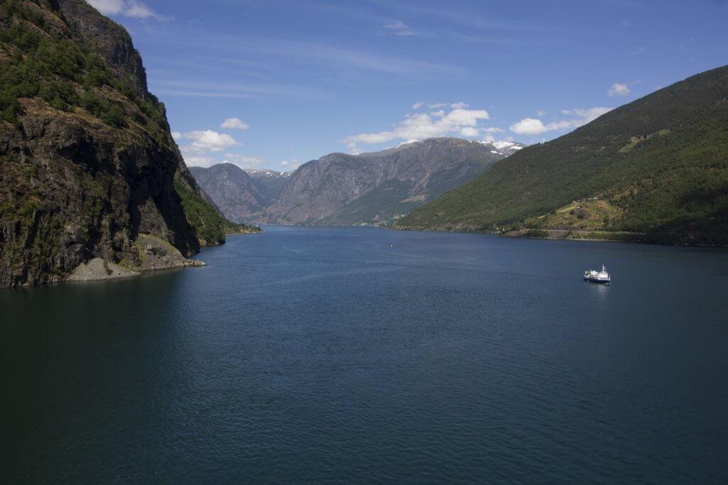 norwegen-staedte-reise-bergen-fjord