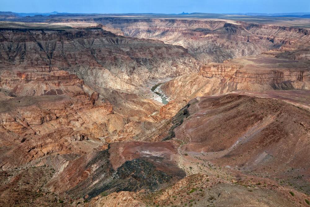 mietwagenrundreise-namibia-fishriver-canyon-Gruppenreise-Namibia-aktiv-reise-familien-gruppenreise-urlaub