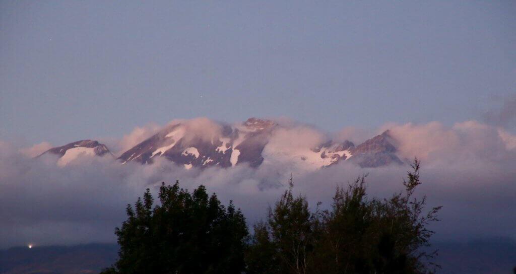 tongariro-national-park-neuseeland-tongariro-alpin-crossing-rundreise-highking-wandern-reiseplaner