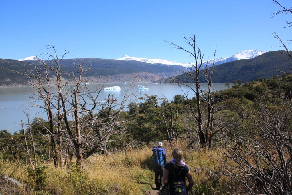 chile-patagonien-trekkingreise-geplant-luxusurlaub-wandertrip-reiseidee-urlaubsplaner-trekking-fotographieren-wandern