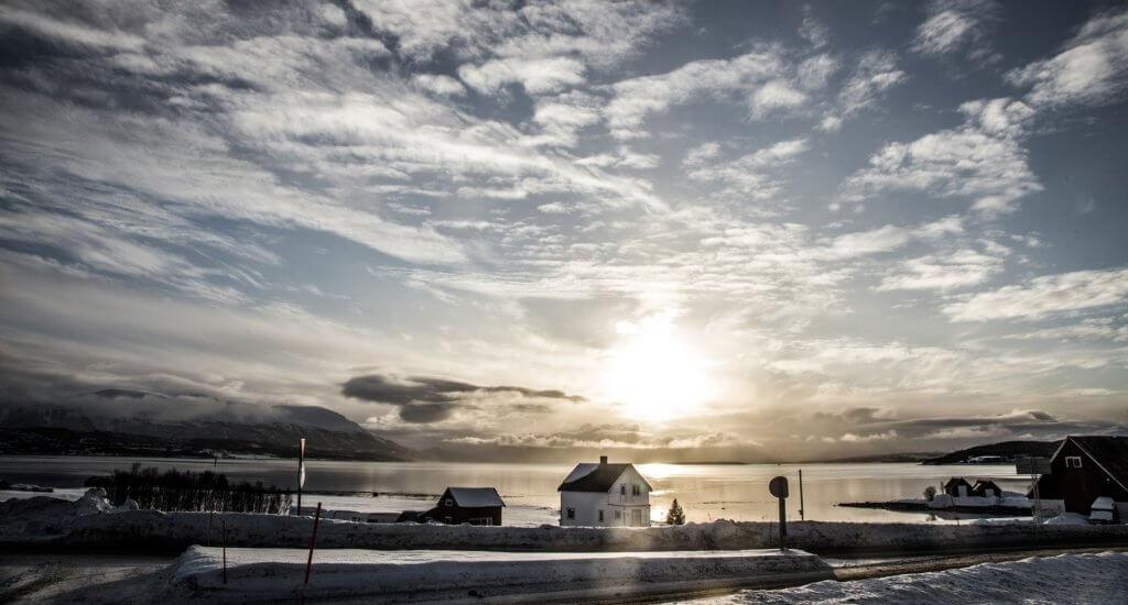 staedtetrip-norwegen-tromso-reise-im-winter