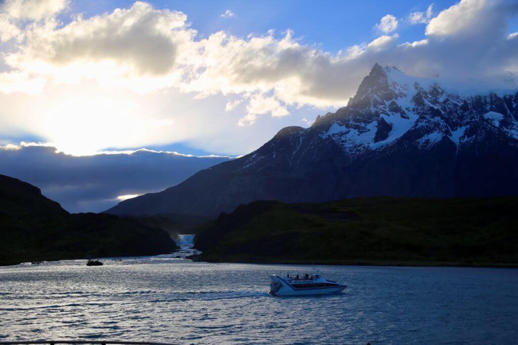 wanderurlaub-trorres-del-peine-nationalpark-trekkingurlaub-wanderreise-erlebnisurlaub-abenteuerurlaub-backpacking-rucksackreise-luxus-luxusurlaub