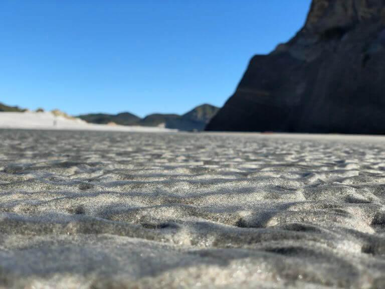 wharariki-neuseeland-reisespezialist-postcard-pic-foto-urlaub-reise-reisebüro-sicher-reisen-wandern-hikingurlaub